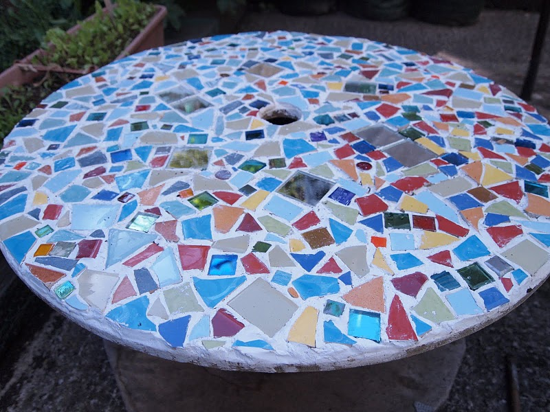 DIY Project 3 Cable Spoon gt Mosaic Garden Table